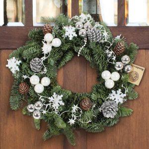 weihnachtskranz-schneeperle